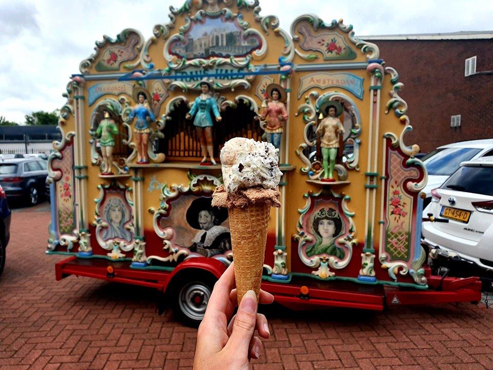 Draaiorgel Frans Hals met ijsje bij VORM 100 jaar