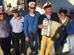 Draaiorgel huren accordeonist hiddo zeemansliedjes haringparty boottocht